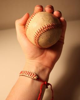 baseball string braclet