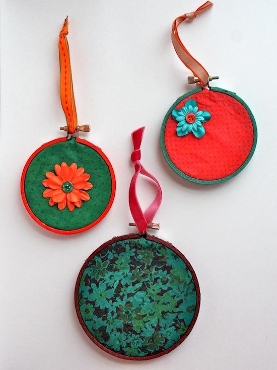 Rit-Dye-Christmas-Ornaments