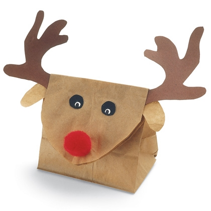 reindeer-gift-bag-christmas-craft-photo-420-FF1105ALMFA04