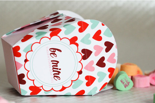 valentines-free-printable-download-take-out-box-1