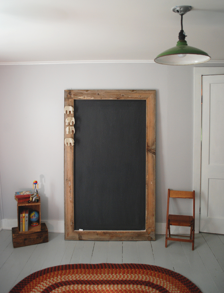 DIY-Giant-Chalkboard-The-Merrythought-