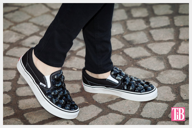 diy-vans-black-stones-photo-3