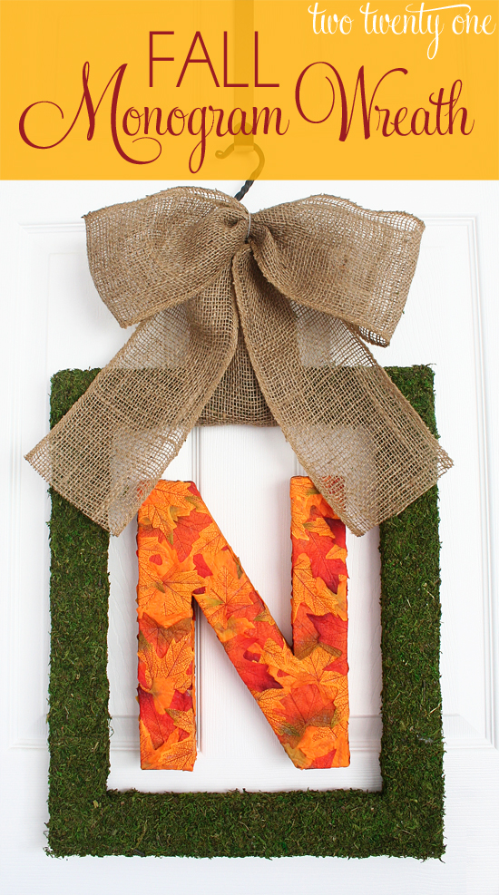 fall-monogram-wreath-with-text