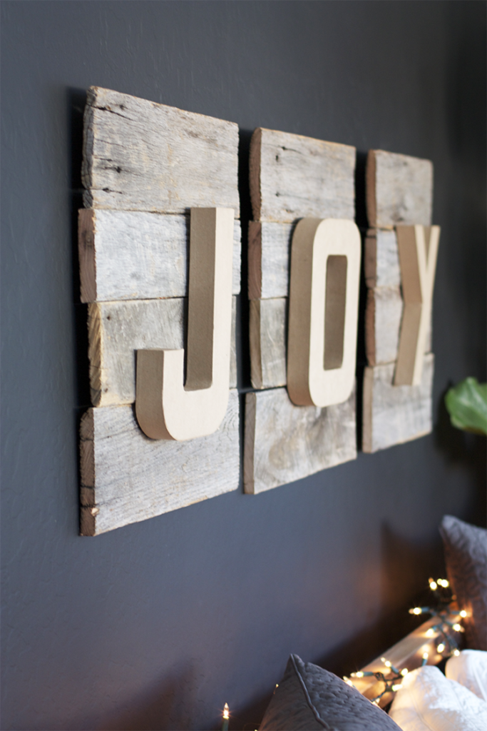DIY-Christmas-Sign