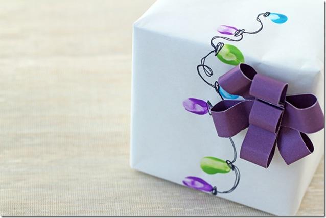 thumbprintwrapping-ideas-christmas-lights