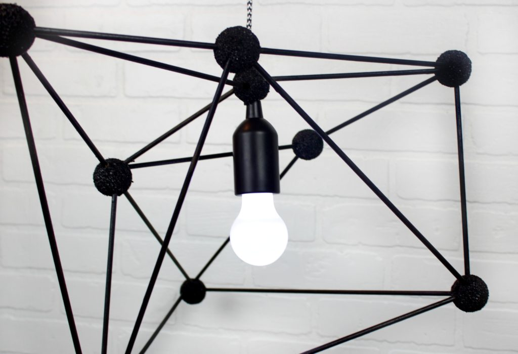 DIY_Geometric_Pendant_Lamp_2