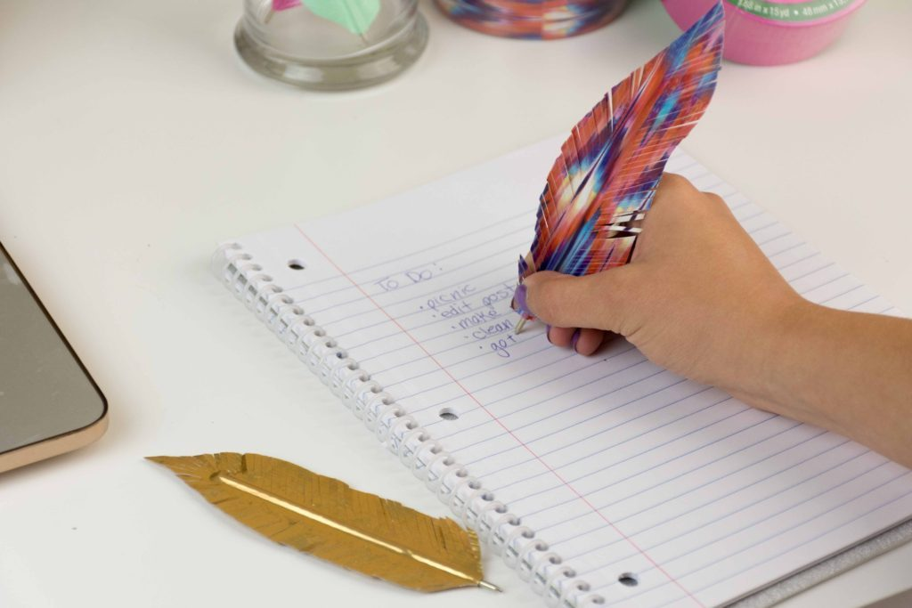 duck_tape_feather_pens