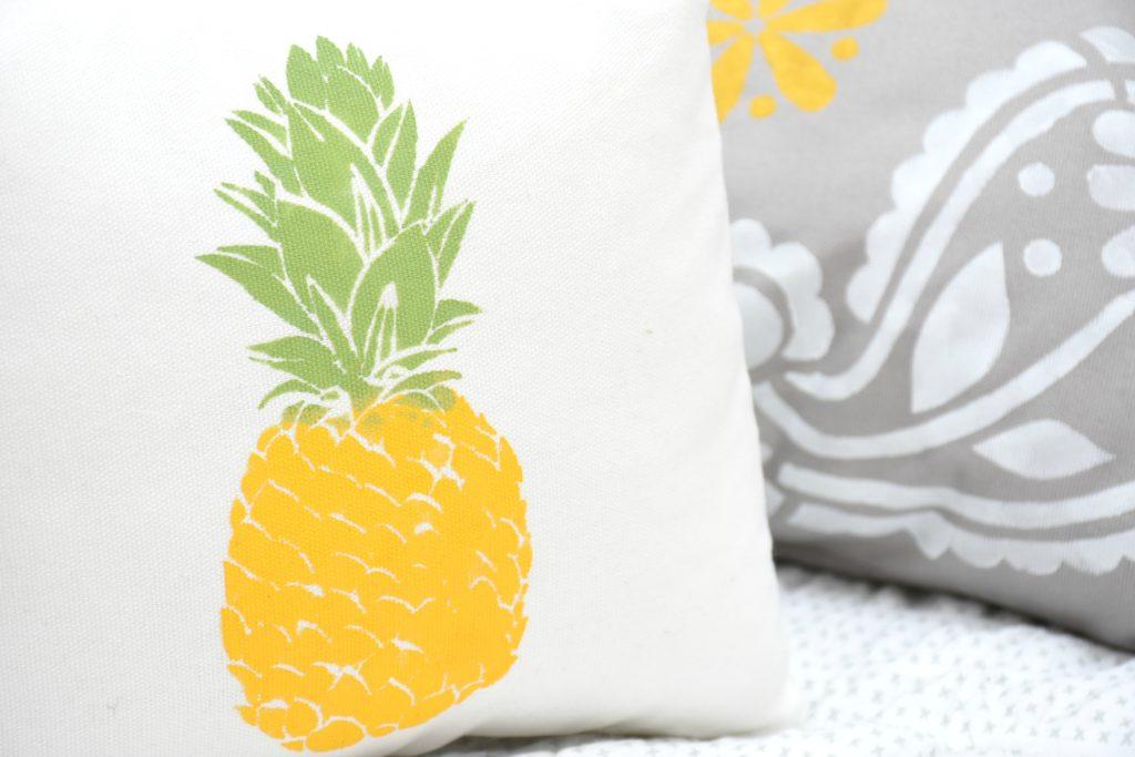 Pillows_3
