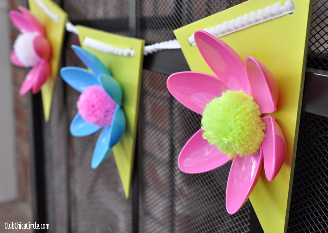 Spring-Flower-Hanging-Garland-Easy-Craft-Idea