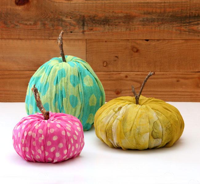 instant-fabric-pumpkin-decoration-apieceofrainbowblog-2