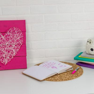 DIY Valentine's Day Pallet Nail Art thumbnail