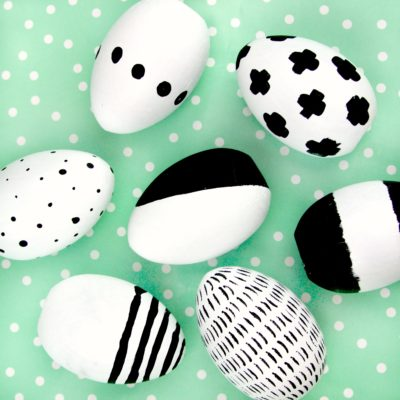 DIY Modern Black and White Easter Eggs thumbnail