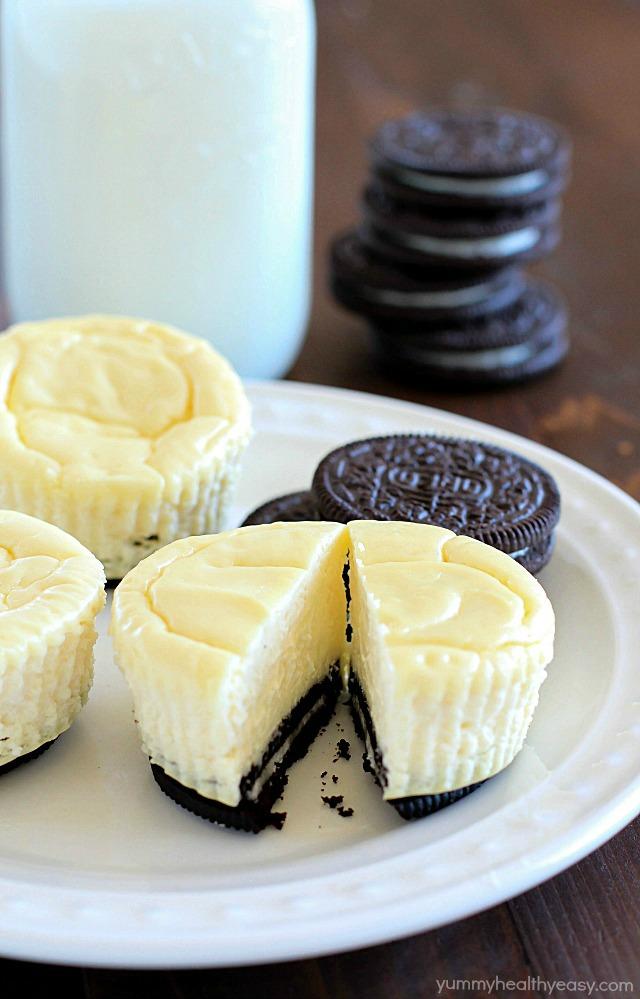 Lighter-Mini-Cheesecakes-with-Oreo-Crust-4