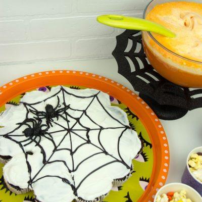 DIY Spider Web Pull Apart Cake thumbnail