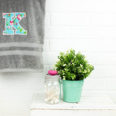 How to Applique | DIY Monogram Towel thumbnail