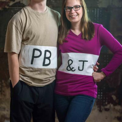 DIY Couples Costume Idea – PB&J thumbnail