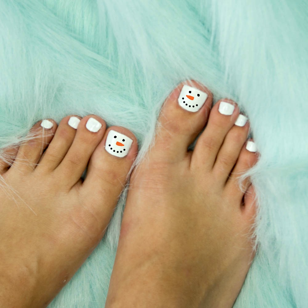 Diy Holiday Pedicure 5 Tips For The Best At Home Pedicure