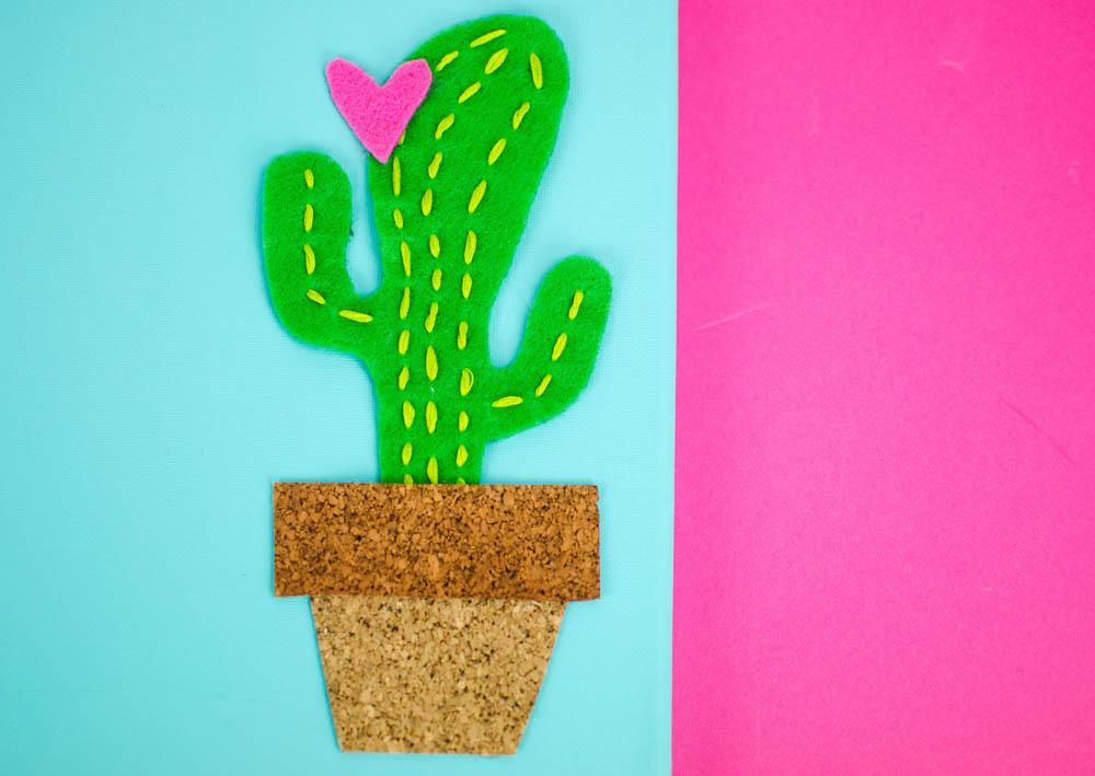 diy cactus canvas, diy canvas art, diy wall art, felt cactus