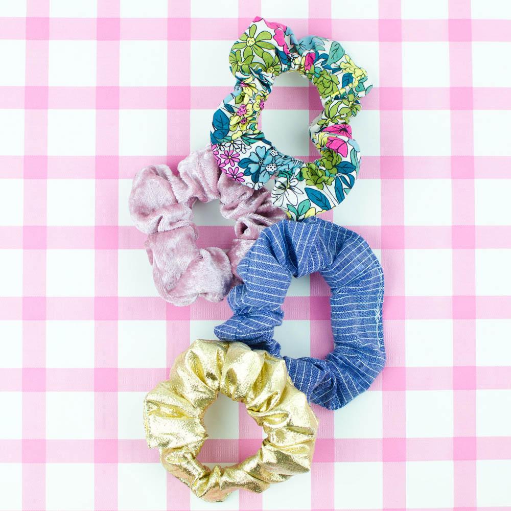 DIY fabric scrunchies