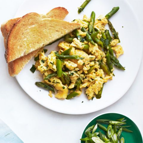 Asparagus, Mint, and Parmesan Scramble
