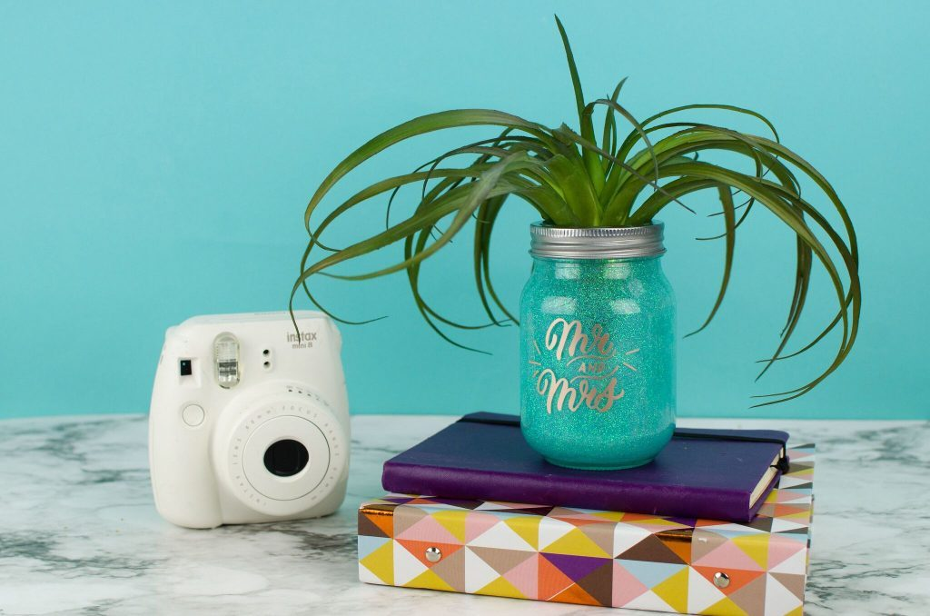 "Simple DIY ""Mr. & Mrs."" Glitter Vase"
