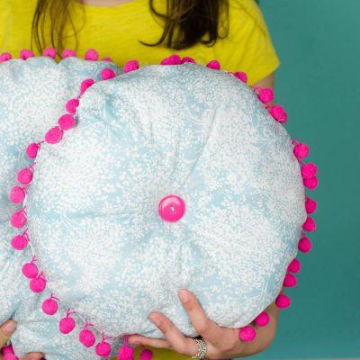 DIY Outdoor Pillows thumbnail