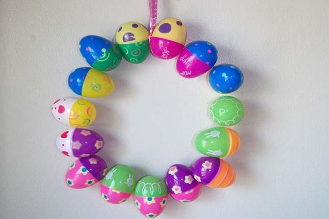 Easter Egg Wreath & Egg-ducational Jar