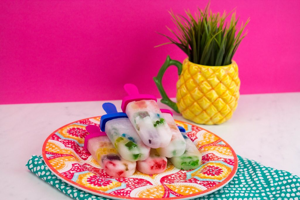 Gummy Bear Ice Pops - The Perfect Summer Snack!