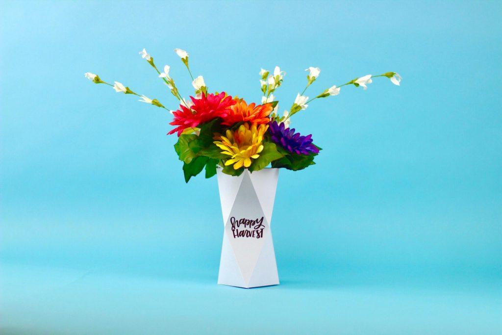 3D Paper Vase With The Cricut