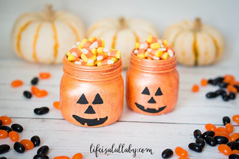 Glittery Pumpkin Mason Jars