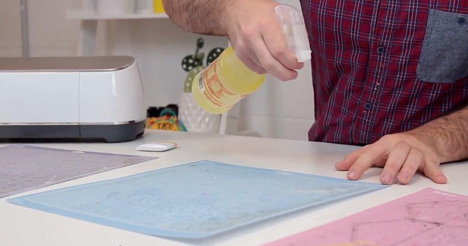 How To Clean and Restick Your Cricut Cutting Mats