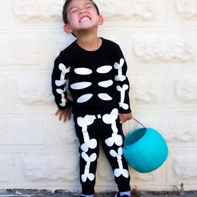 DIY Skeleton Costume With The Cricut thumbnail
