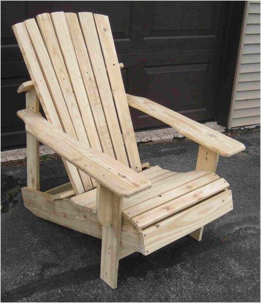 Wooden Pallet Adirondack Chair