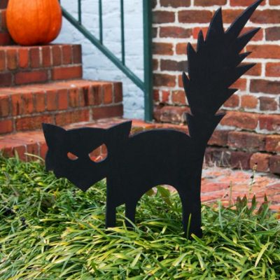 Outdoor Halloween Decorations thumbnail
