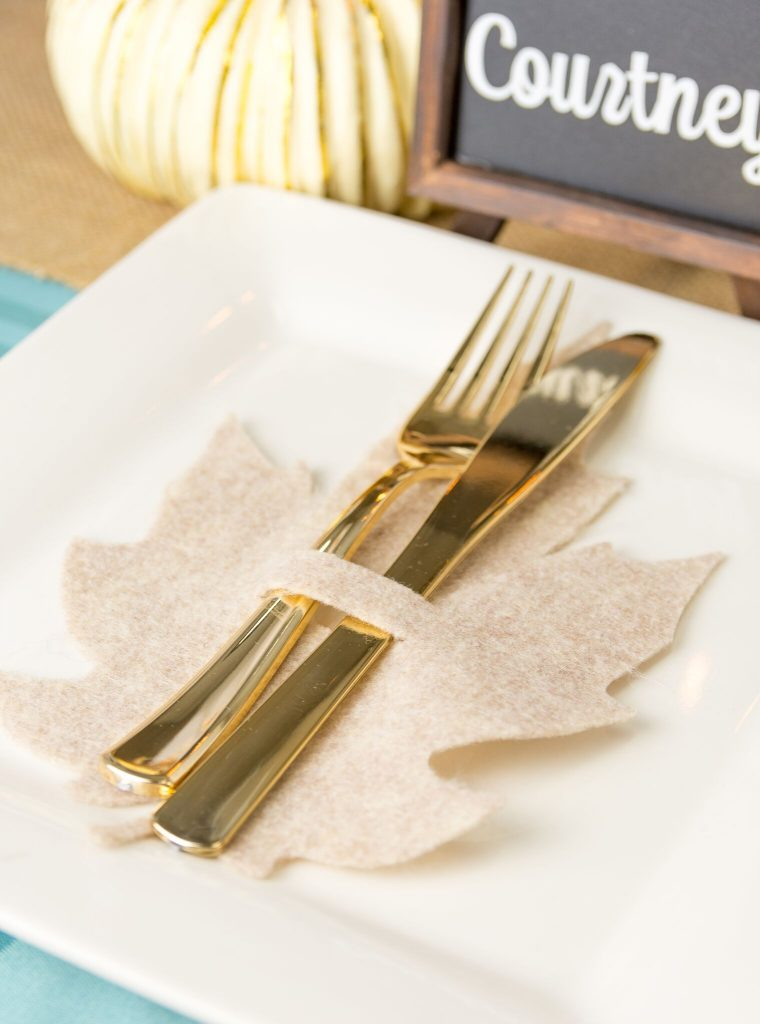 DIY Felt Leaf Silverware Holders