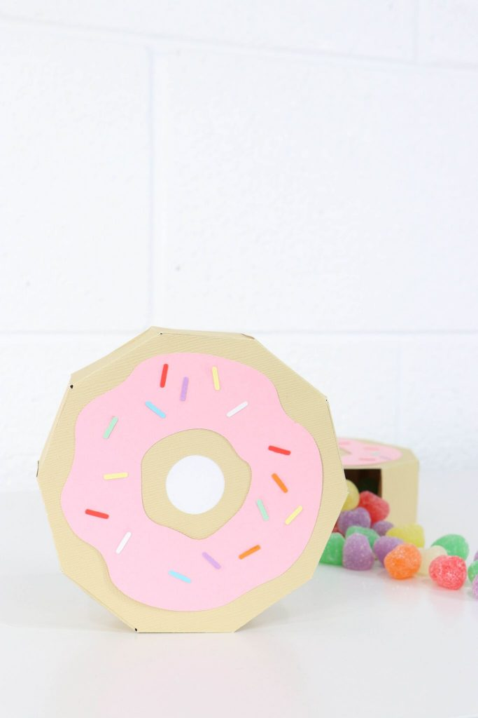 Donut crafts you want to do today!