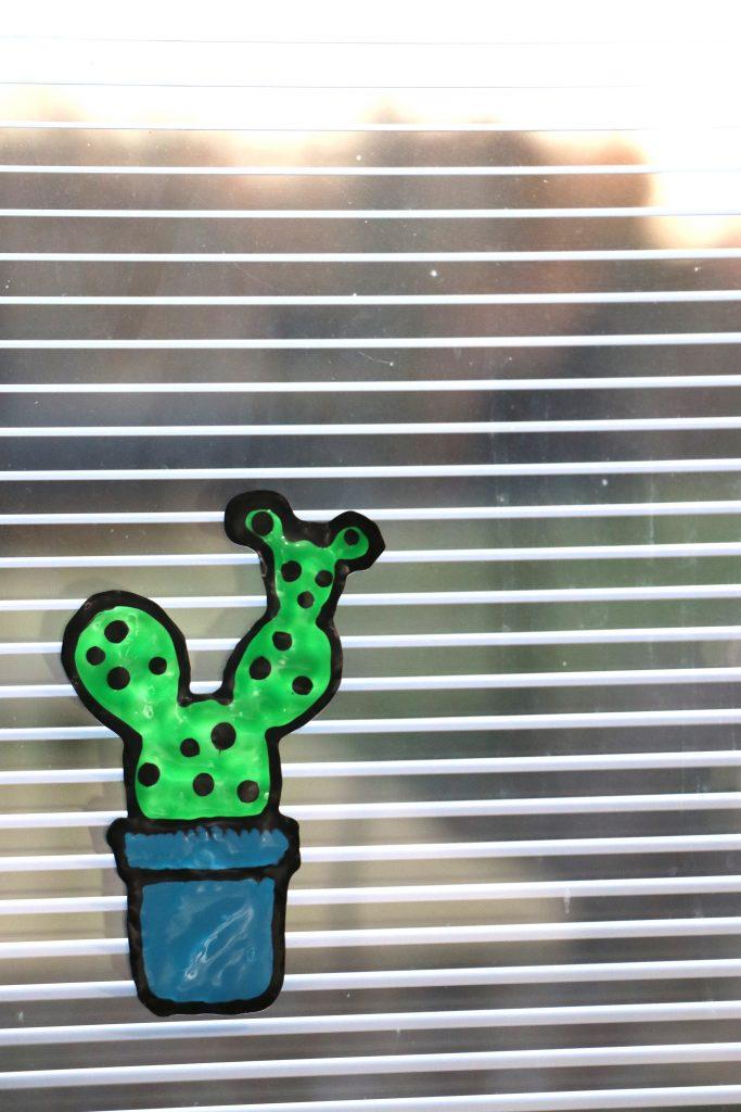 Fun and Easy DIY Window Clings With The Cricut BrightPad