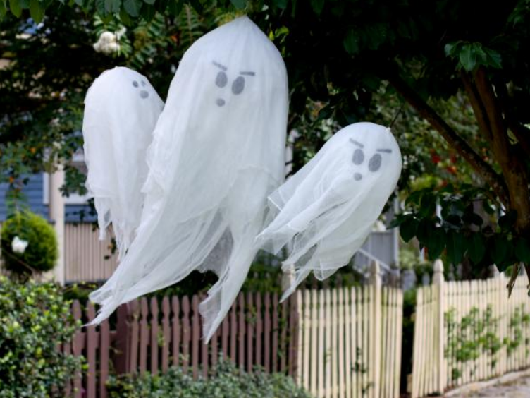 hanging ghosts