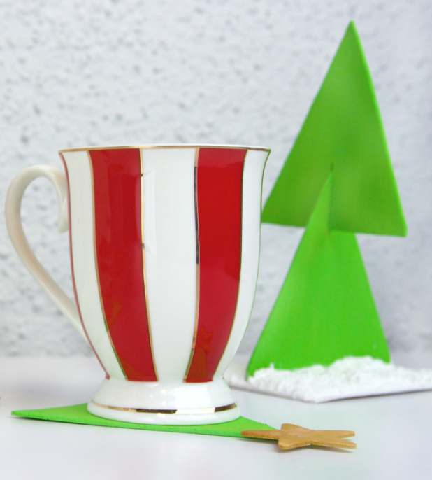 Christmas tree coasters - makes a great Christmas gift you can make on a budget