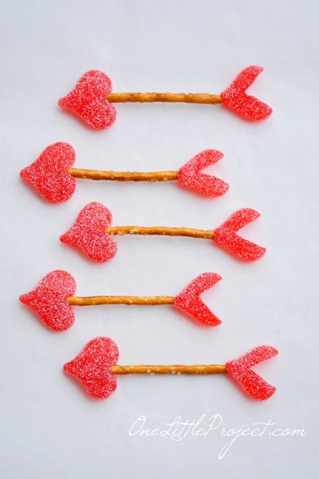 adorable cupid's arrow pretzel treats