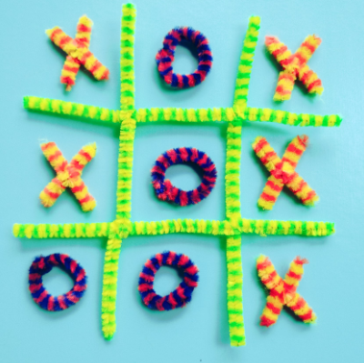 Kids' Pipe Cleaner Crafts thumbnail