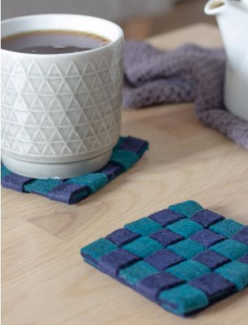 Checkered style woven felt coaster
