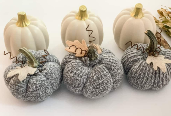 Fabric pumpkins from old socks