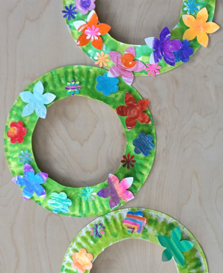 Flower themed paper plate wreath