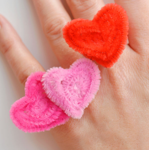 pipe cleaner crafts - heart shaped rings