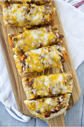Delicious and tangy flavor sloppy joe french bread pizza