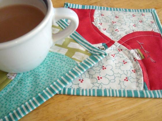 apple core mug rugs