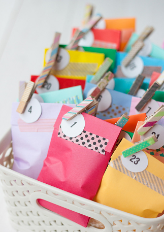 diy christmas advent calendar treat bags holiday craft gifts for kids