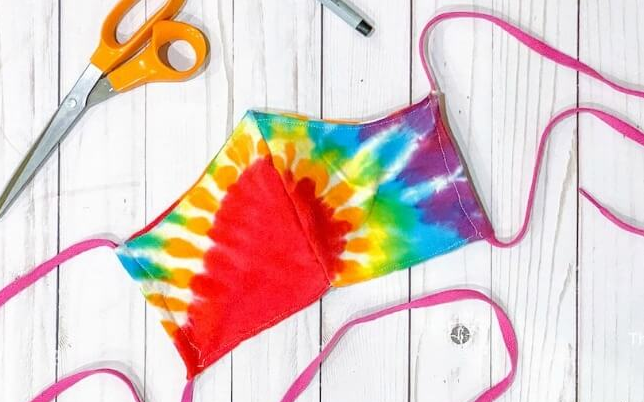 Cloth face mask from a tie dye t-shirt