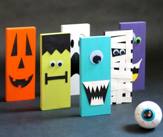 Halloween monsters bowling set